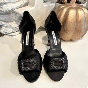 Manolo Blahnik black satin jeweled heels size 40 1/2 Very Sarah Jessica Parker